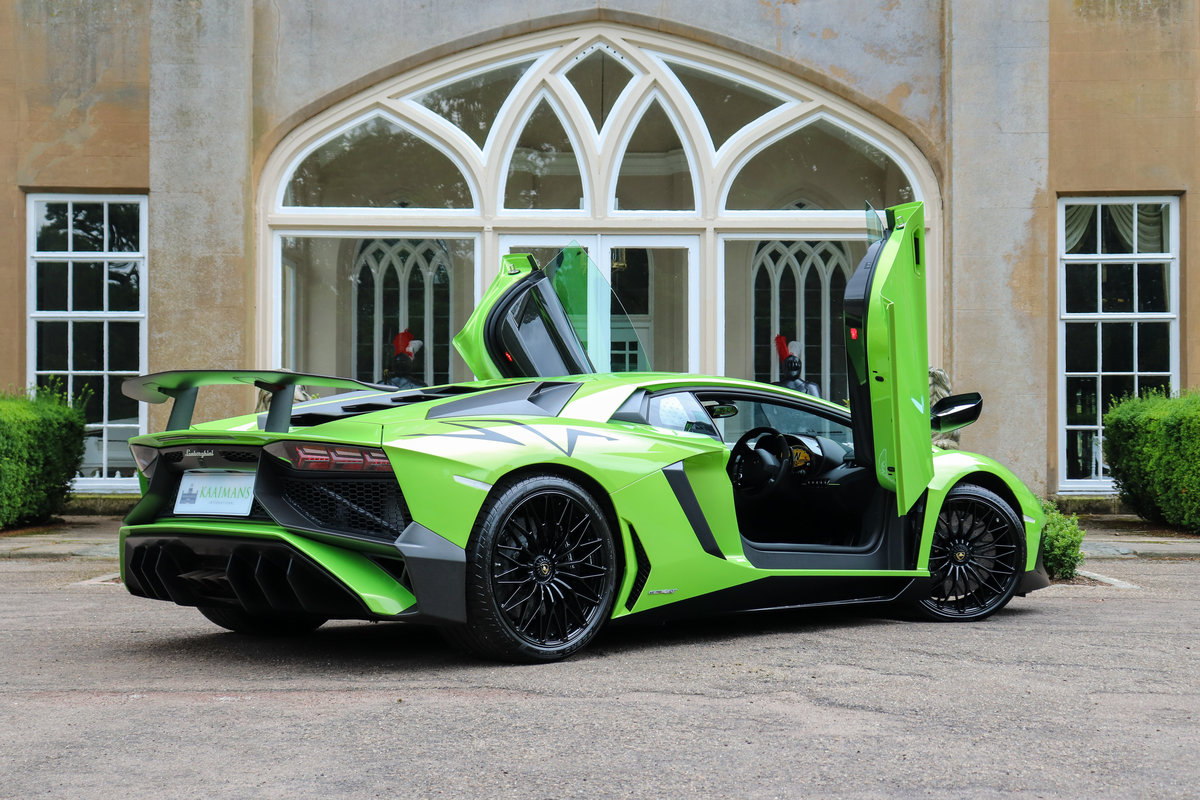 2016 Aventador SV Coupe For Sale (picture 2 of 6)
