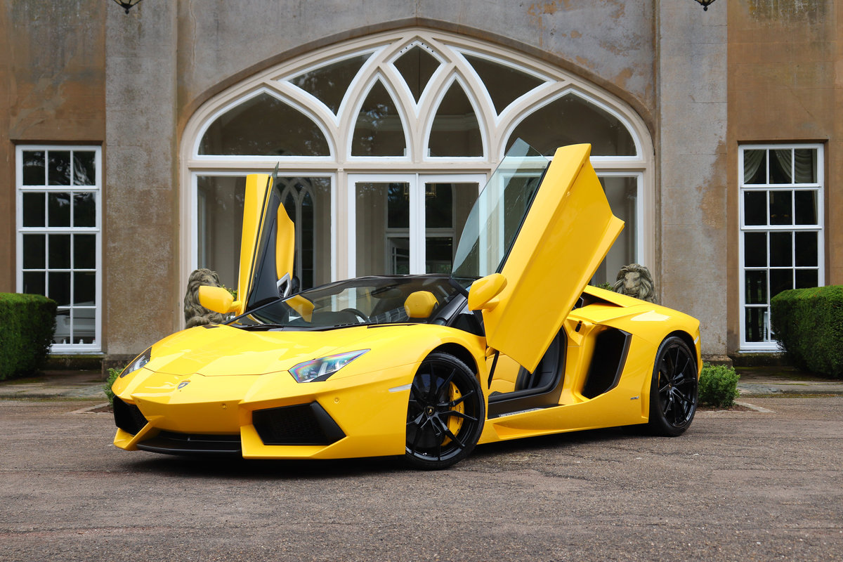 2017 Aventador Roadster LP700-4 For Sale (picture 2 of 6)