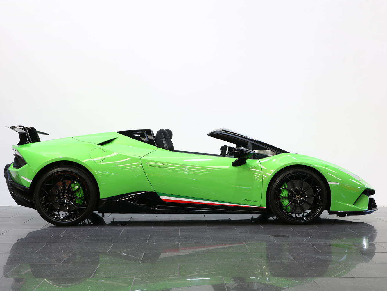 2019 19 19 LAMBORGHINI HURACAN SPYDER PERFORMANTE AUTO For Sale (picture 2 of 6)