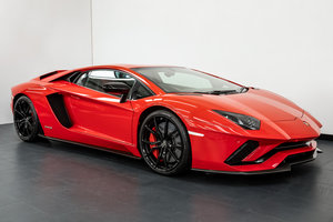 "2017 LAMBORGHINI AVENTADOR ""S"" COUPE £53000 OF EXTRA SPEC For Sale"