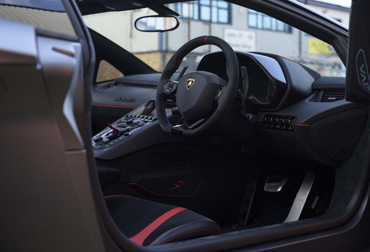 2016 Lamborghini Aventador LP750-4 SV Roadster (RHD) For Sale (picture 16 of 24)