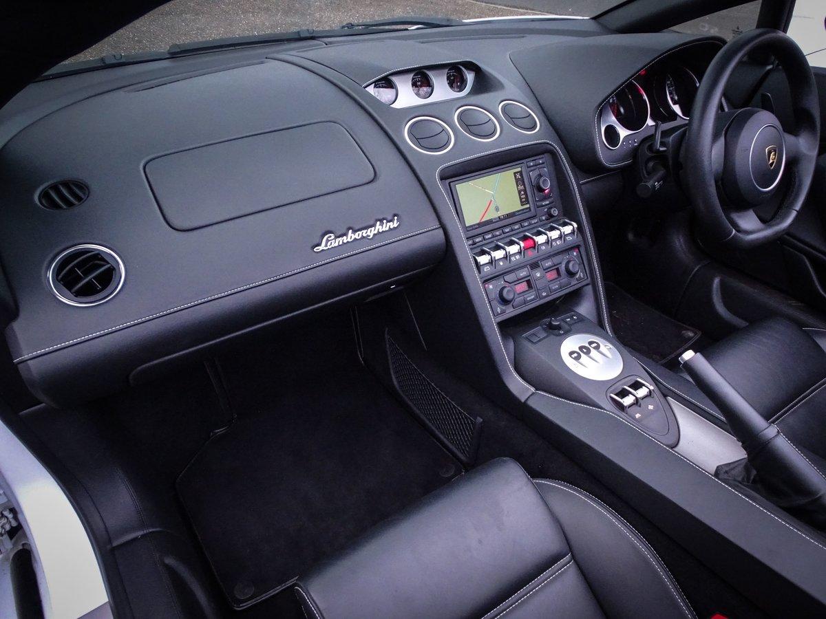 2013 Lamborghini  GALLARDO  5.2 LP 560-4 SPYDER CABRIOLET E-GEAR  For Sale (picture 13 of 24)