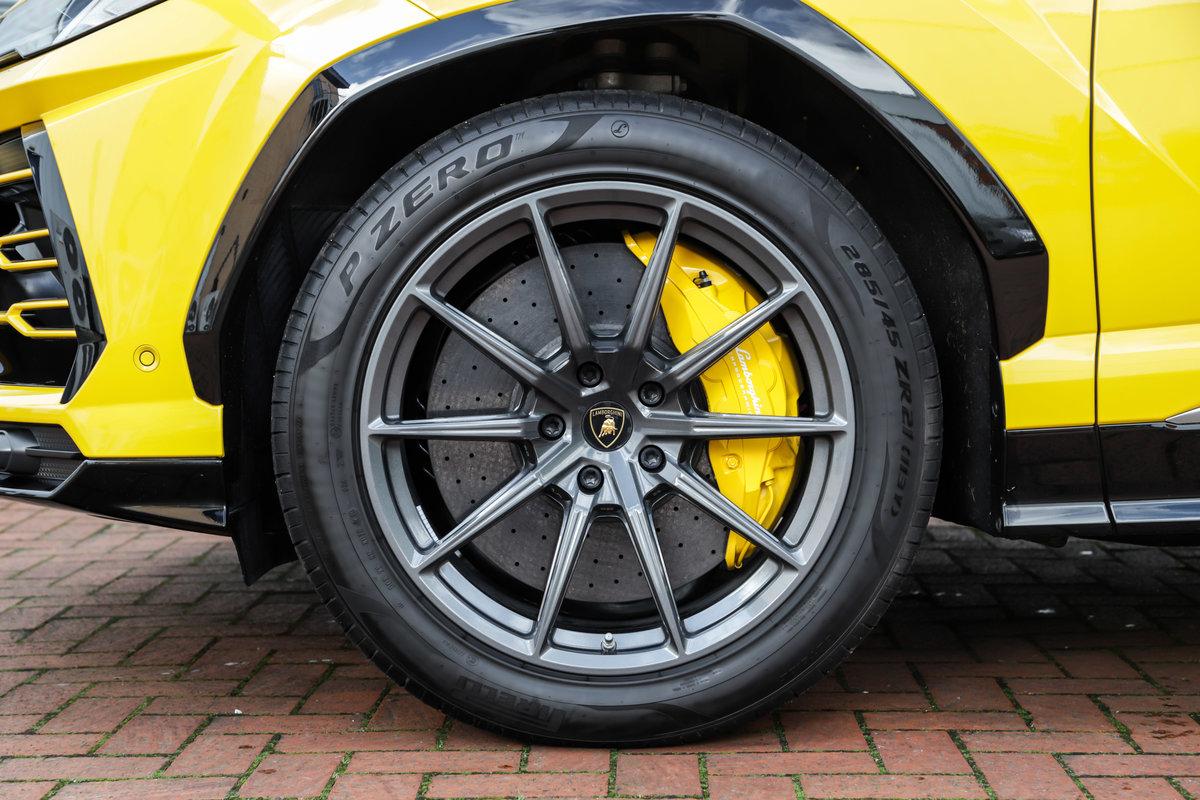 2019 Lamborghini Urus For Sale (picture 6 of 10)