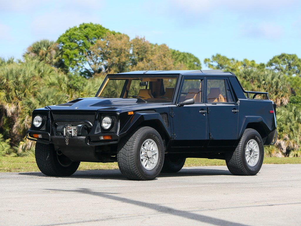 1992 Lamborghini LM002  For Sale by Auction (picture 1 of 6)