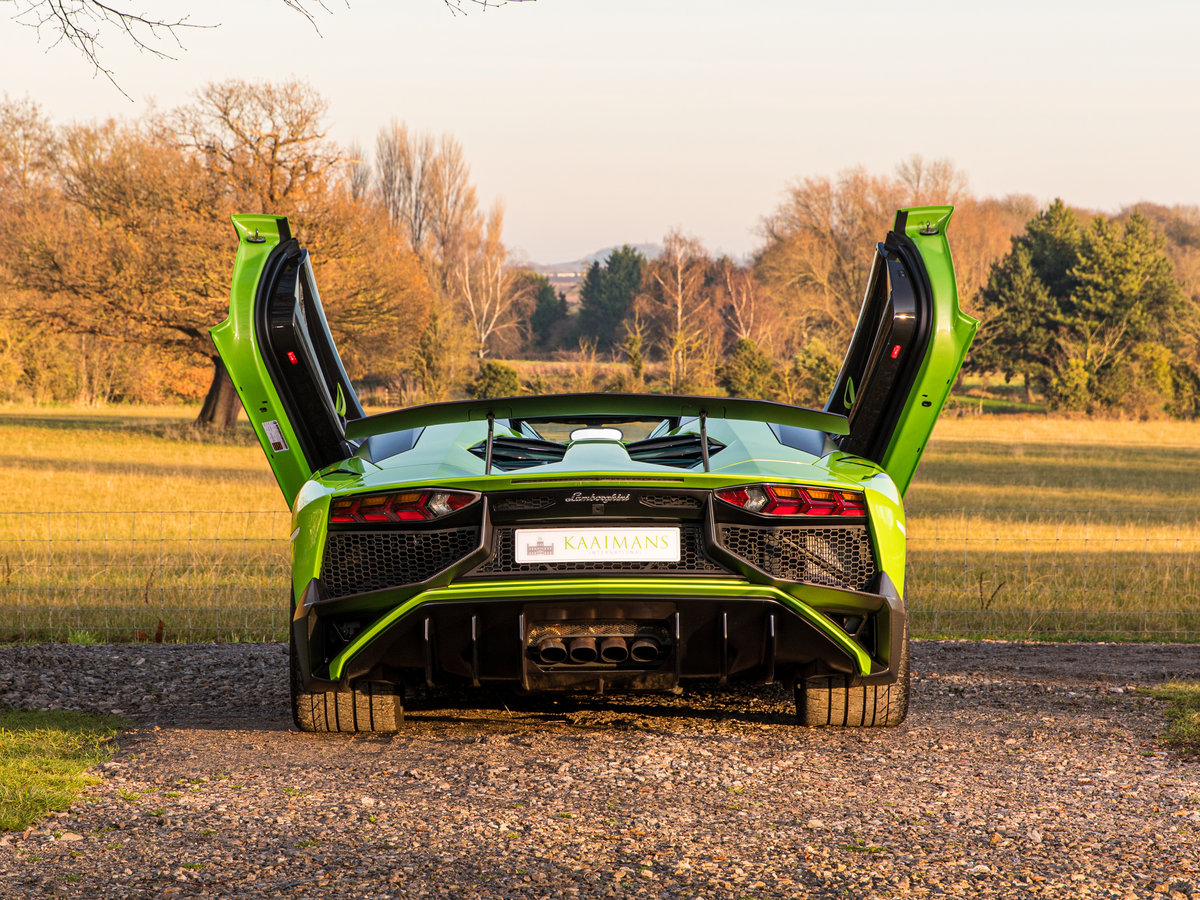 2016 Aventador SV Roadster LP750-4 For Sale (picture 4 of 6)