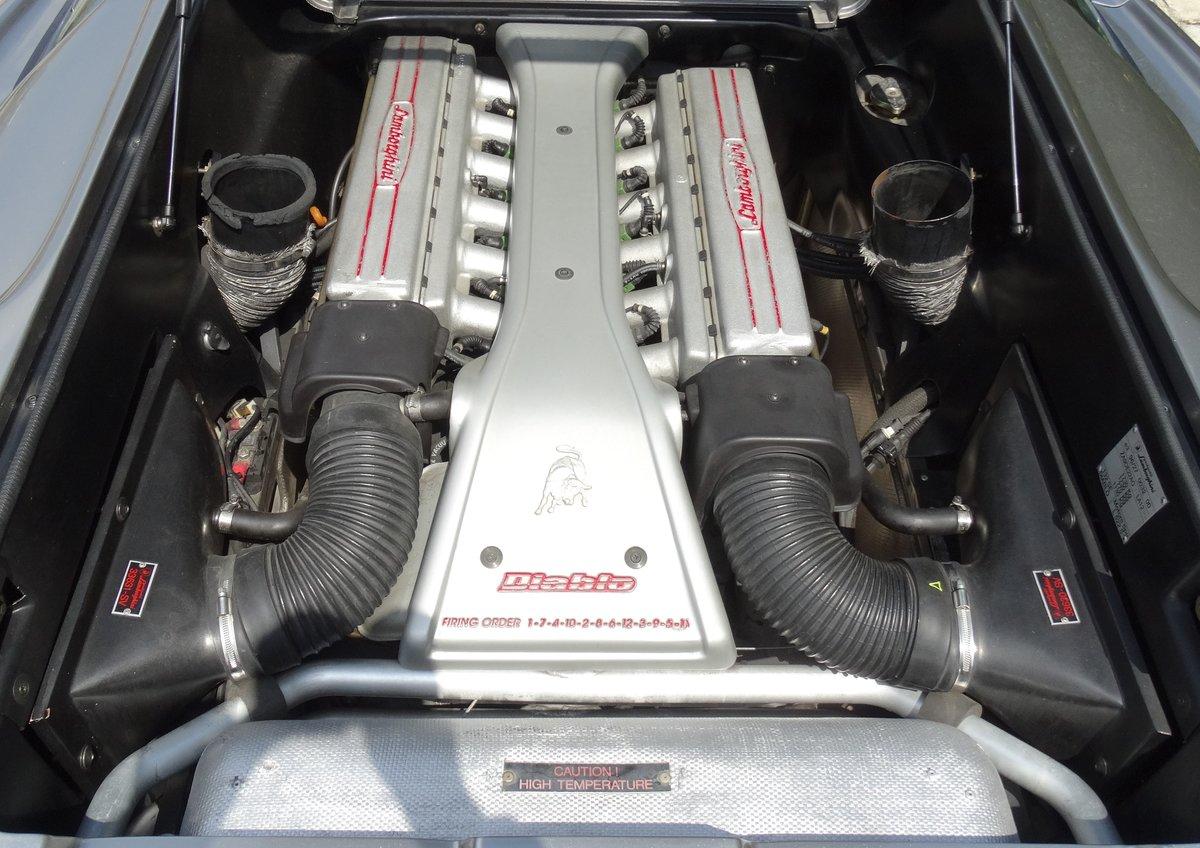 1997 Lamborghini Diablo SV, Titanium over Torpedo Nero For Sale (picture 4 of 6)