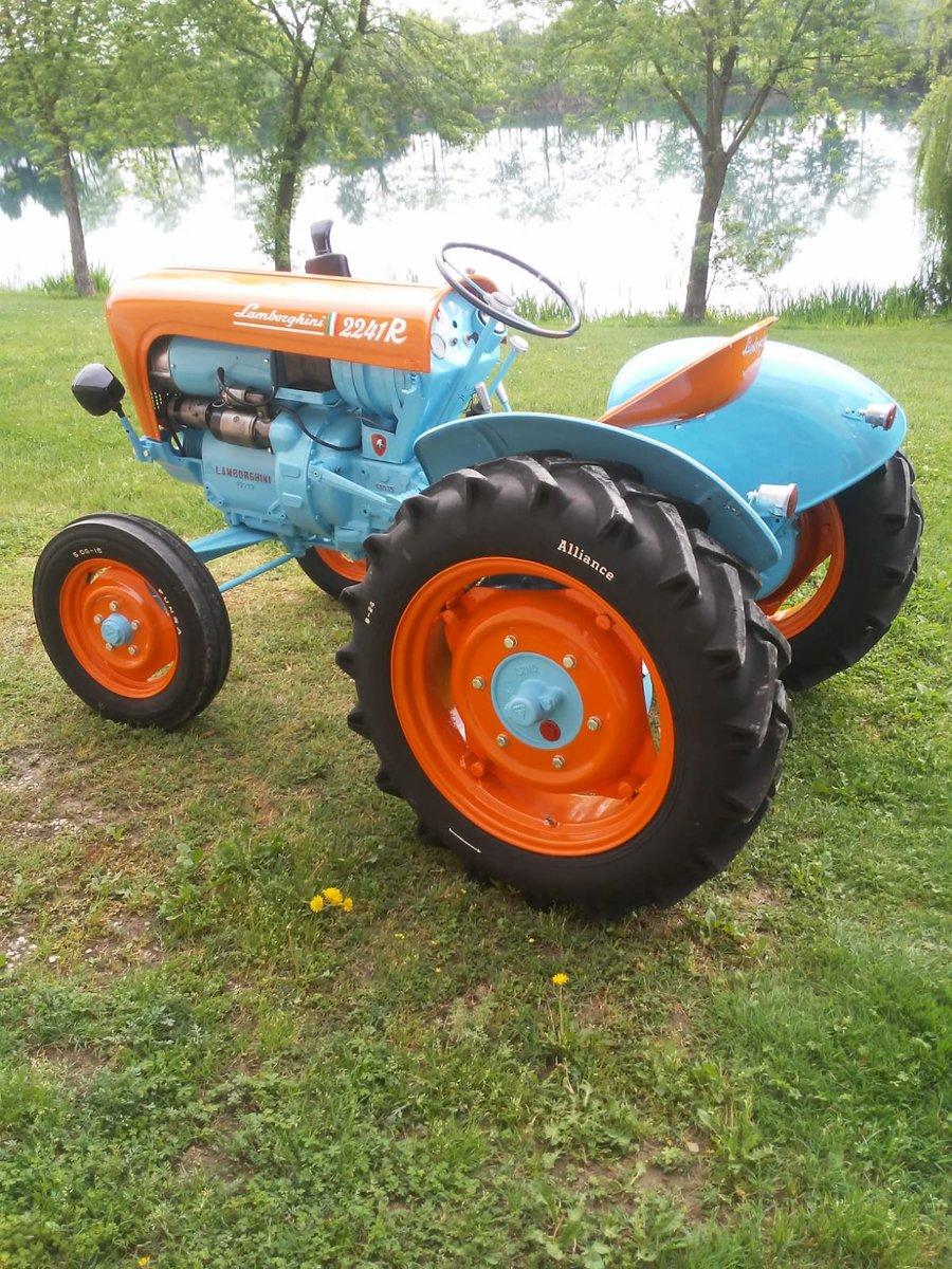 1960 Lamborghini tractor oldtimer 2241R restoration SOLD (picture 3 of 6)