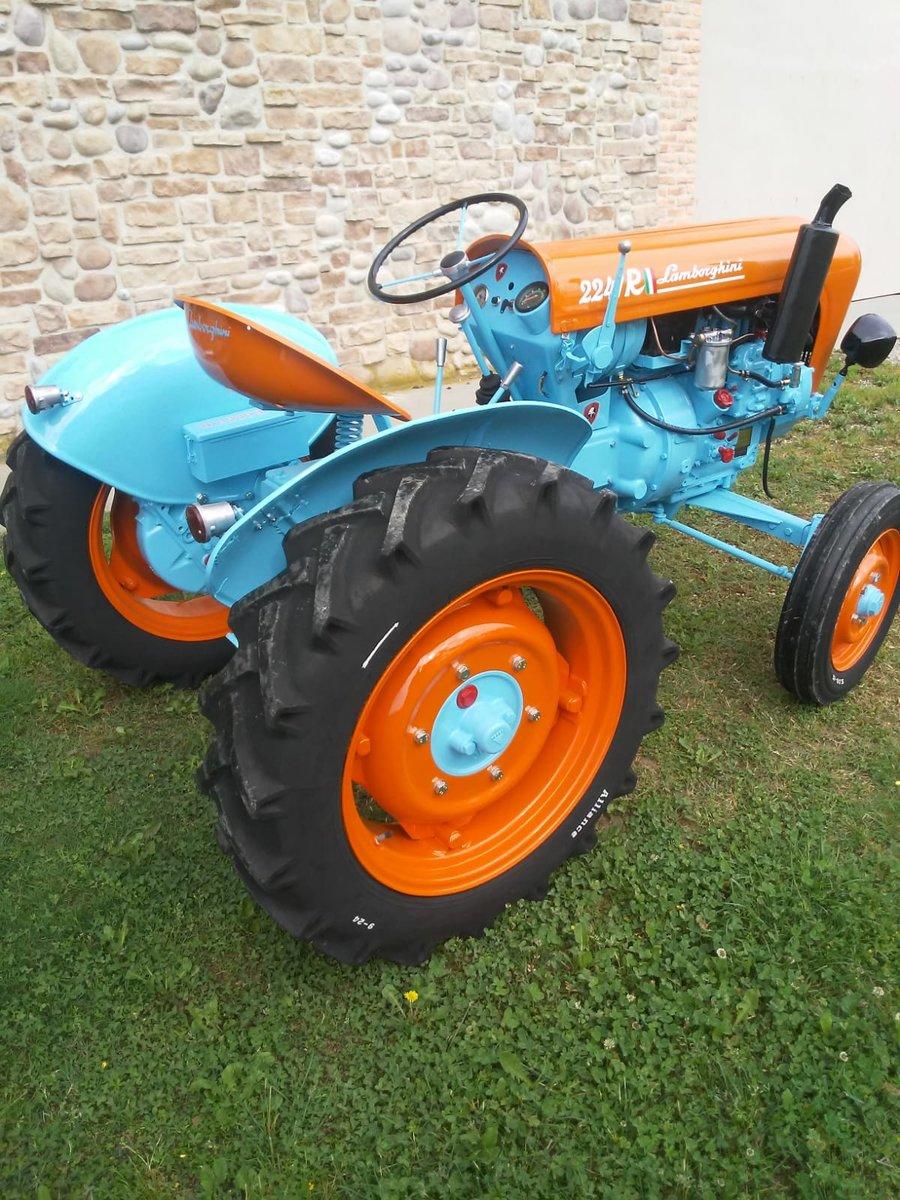 1960 Lamborghini tractor oldtimer 2241R restoration SOLD (picture 5 of 6)