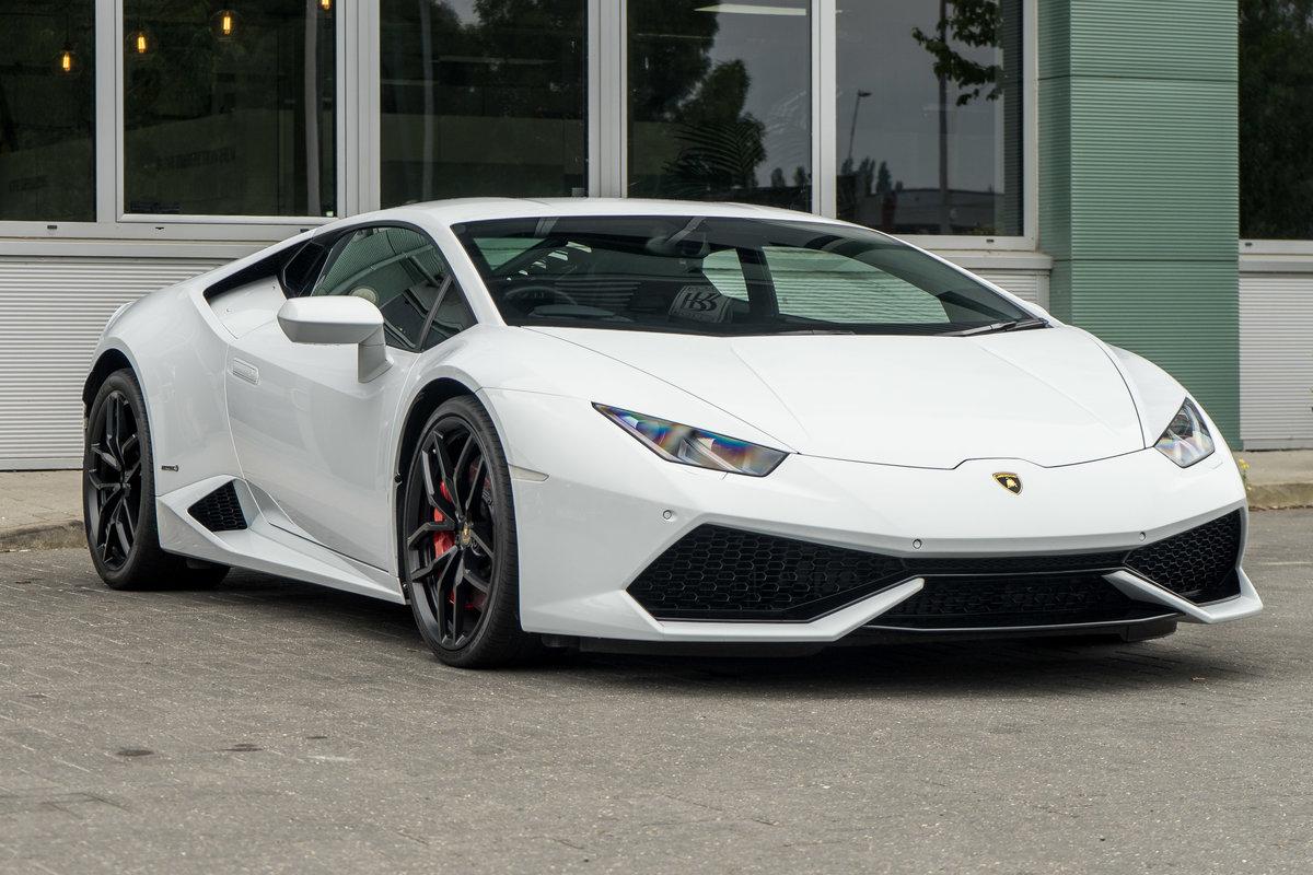 Lamborghini Huracan 2015 SOLD (picture 2 of 6)