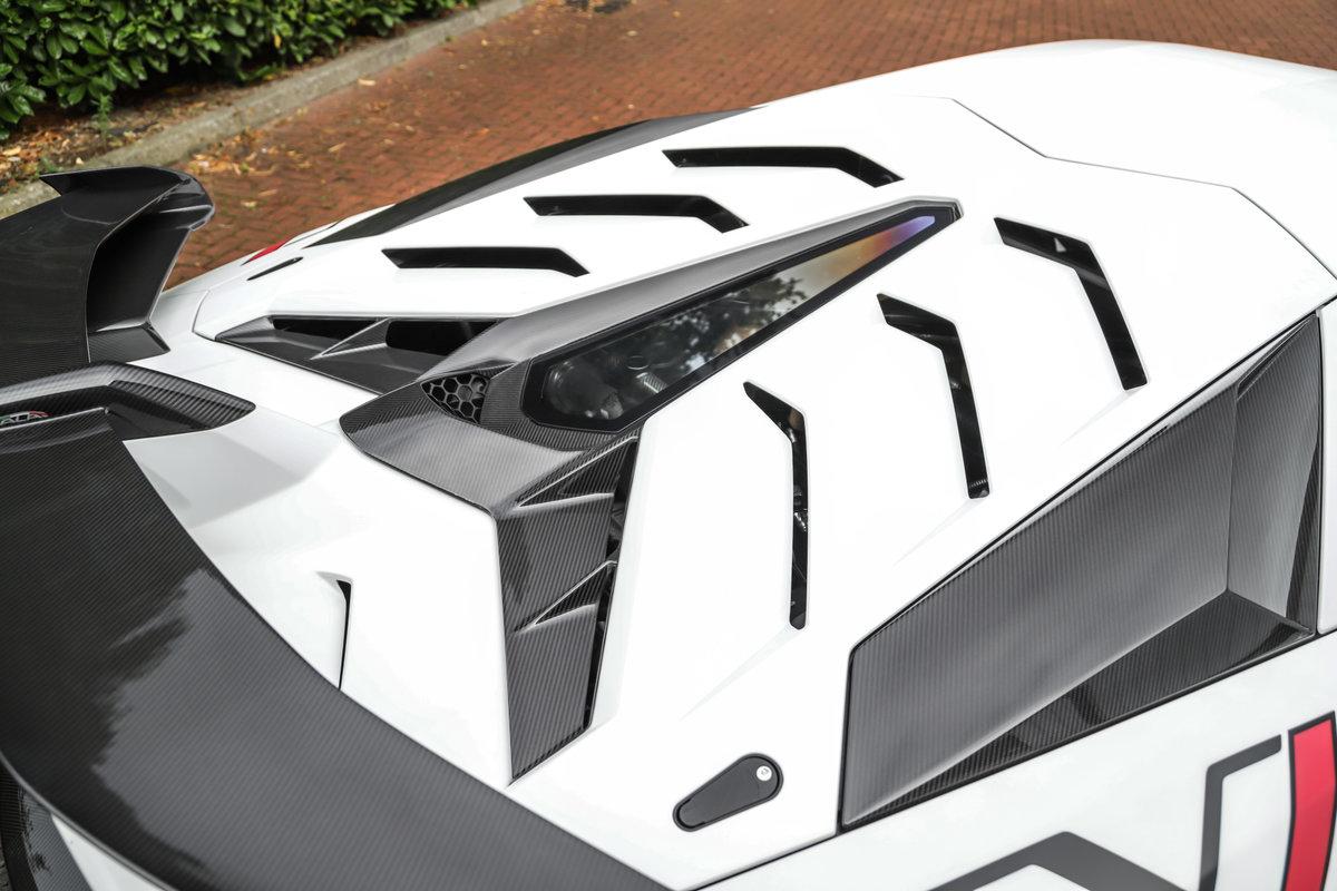 2019 Lamborghini Aventador LP770-4 SVJ - £426k List For Sale (picture 6 of 10)
