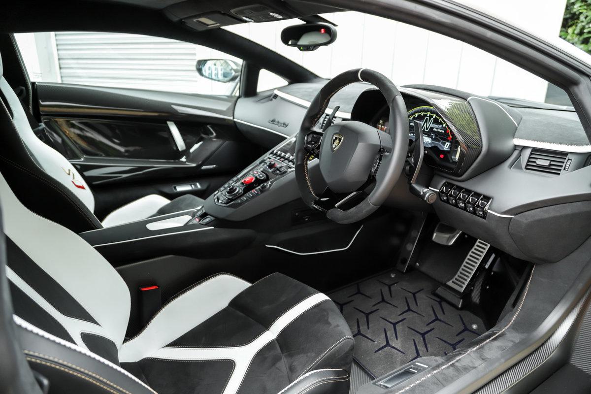 2019 Lamborghini Aventador LP770-4 SVJ - £426k List For Sale (picture 9 of 10)