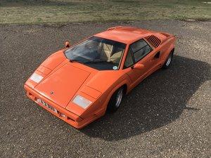 Picture of Lamborghini  Countach 1990