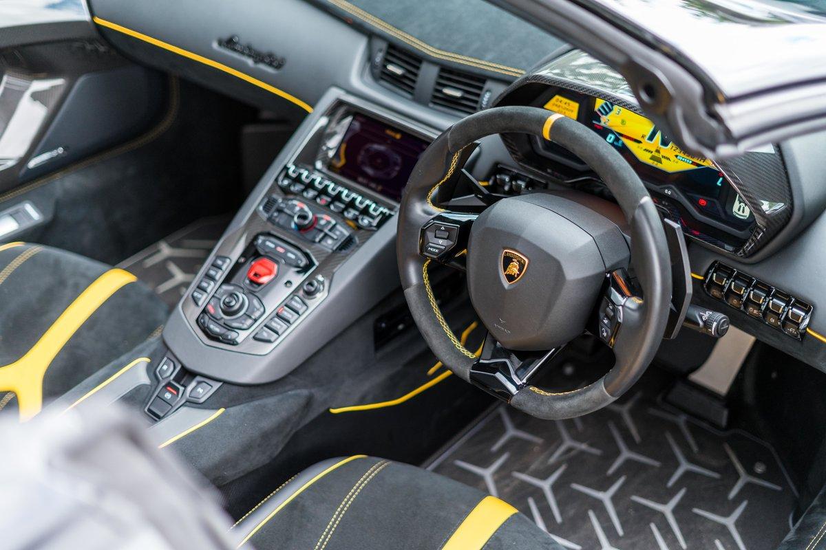 Lamborghini Aventador SV 2016 For Sale (picture 6 of 6)