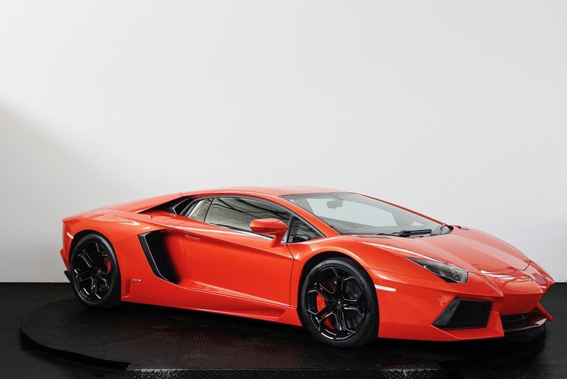 Lamborghini Aventador - 2013 - 19K Miles For Sale (picture 2 of 6)