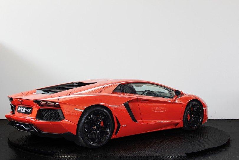 Lamborghini Aventador - 2013 - 19K Miles For Sale (picture 3 of 6)