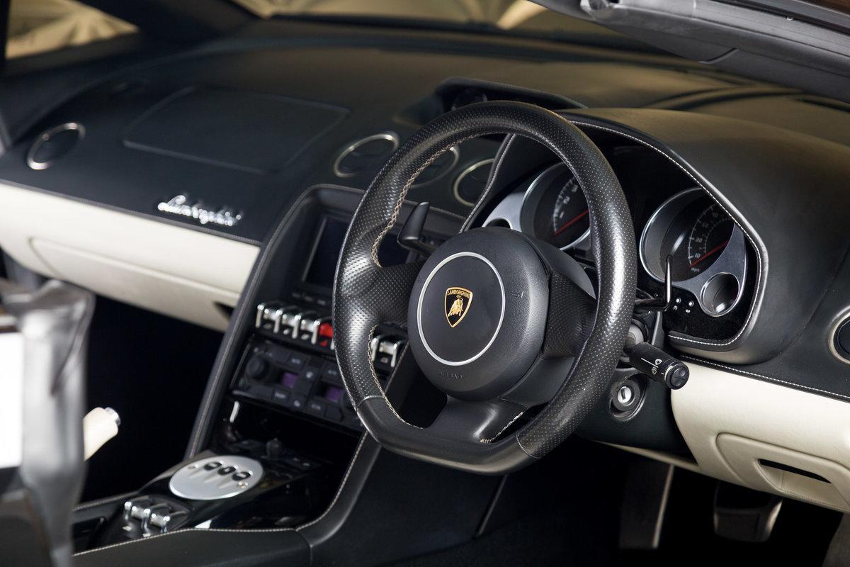 2010 Lamborghini Gallardo Spyder For Sale (picture 5 of 6)