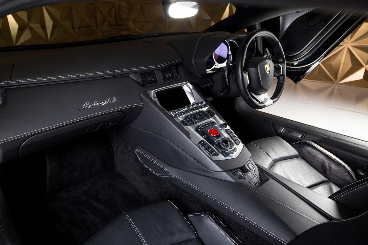 Lamborghini Aventador 2012 For Sale (picture 4 of 6)