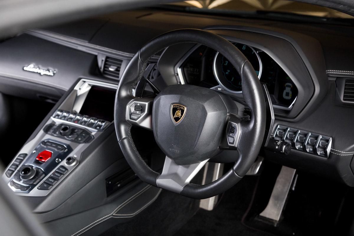 Lamborghini Aventador 2012 For Sale (picture 6 of 6)