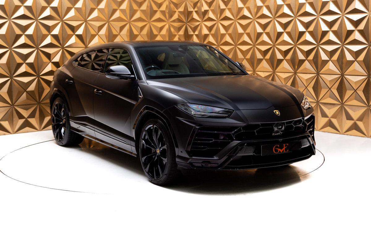 2020 Lamborghini Urus SOLD (picture 1 of 12)