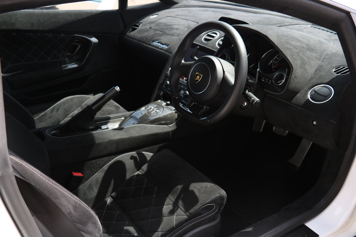 2014 Lamborghini Gallardo 50th Anniversary - Ceramic Brakes For Sale (picture 8 of 12)