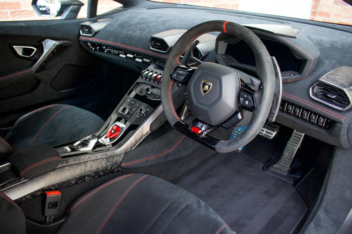 2018/67 Lamborghini Huracán Performante LP640-4 For Sale (picture 8 of 10)