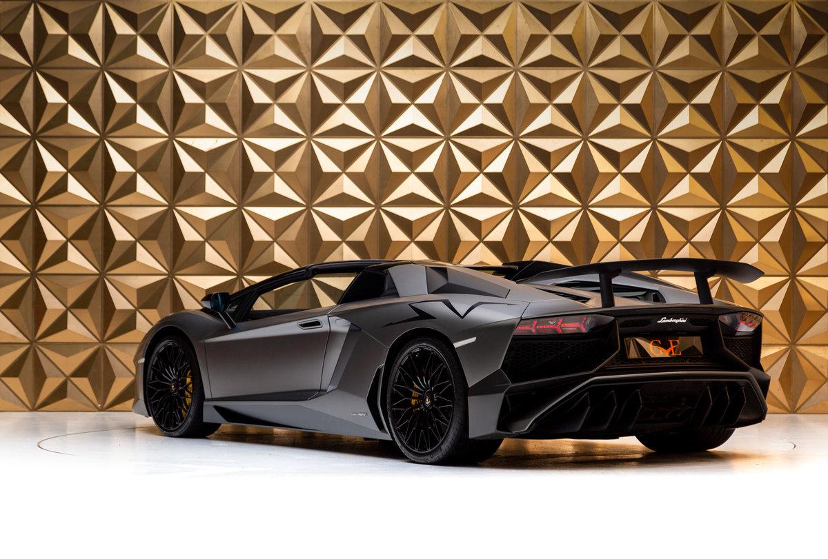 2016 Lamborghini Aventador SV Roadster For Sale (picture 5 of 12)