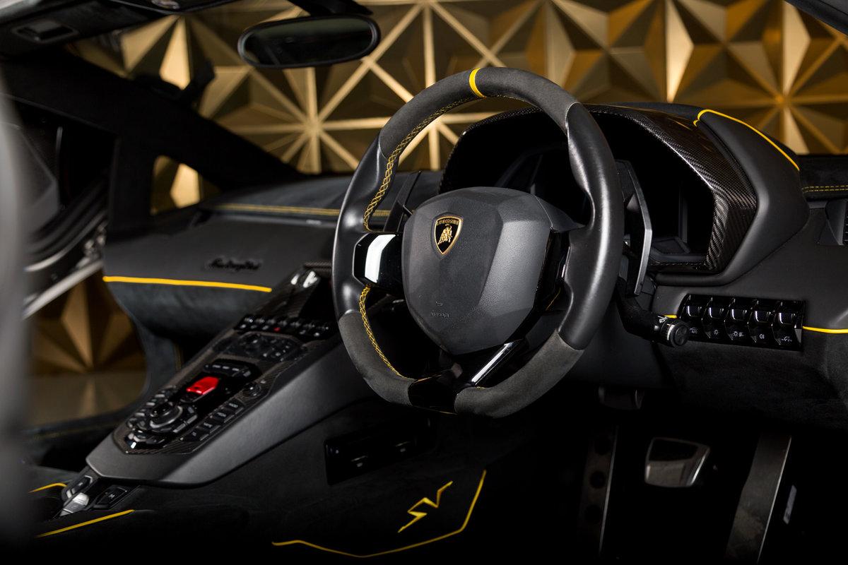 2016 Lamborghini Aventador SV Roadster For Sale (picture 10 of 12)