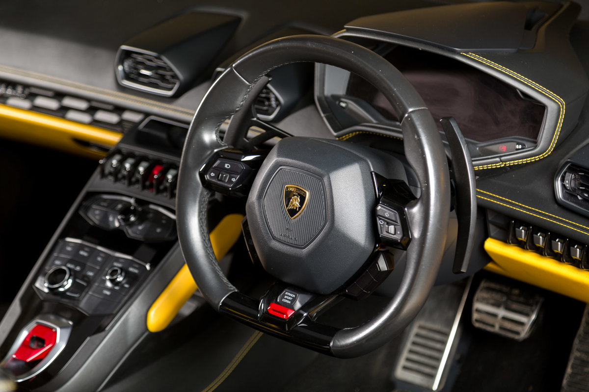 2016 Lamborghini Huracan Spyder For Sale (picture 8 of 12)