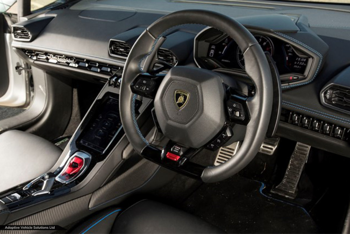 2021 Physically Available Now – Lamborghini Huracan Evo V10 Coupe For Sale (picture 3 of 3)