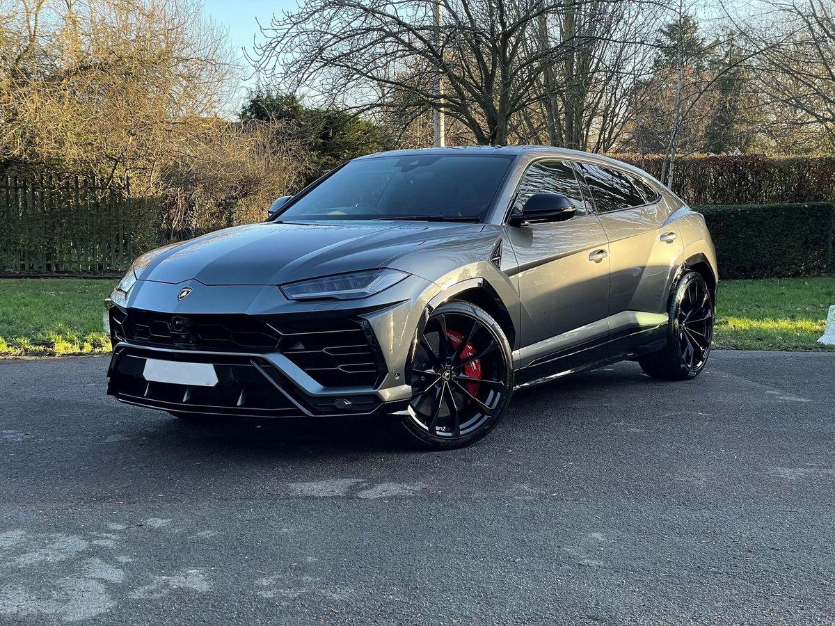 2020 Lamborghini URUS SOLD (picture 1 of 20)