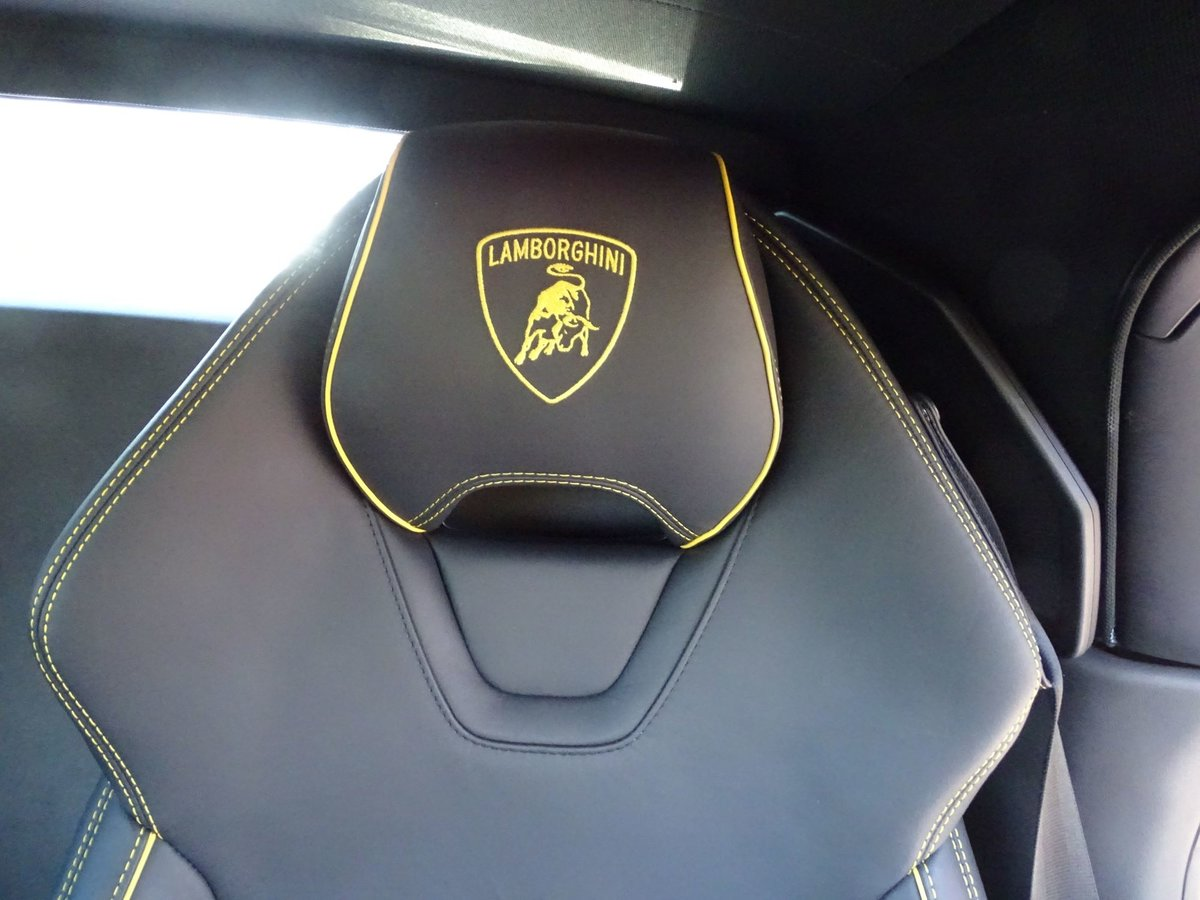 2020 Lamborghini HURACAN SOLD (picture 14 of 20)