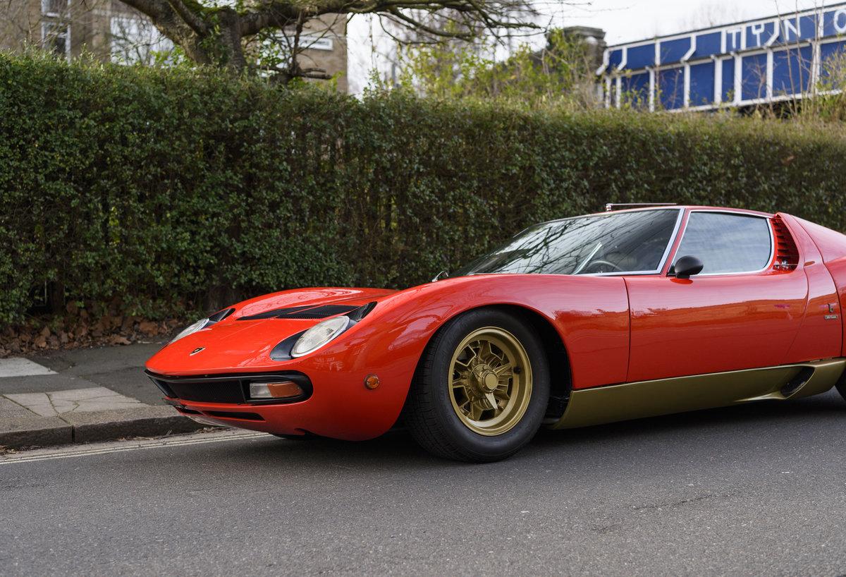 1971 Lamborghini Miura P400 SV (LHD) For Sale (picture 12 of 47)