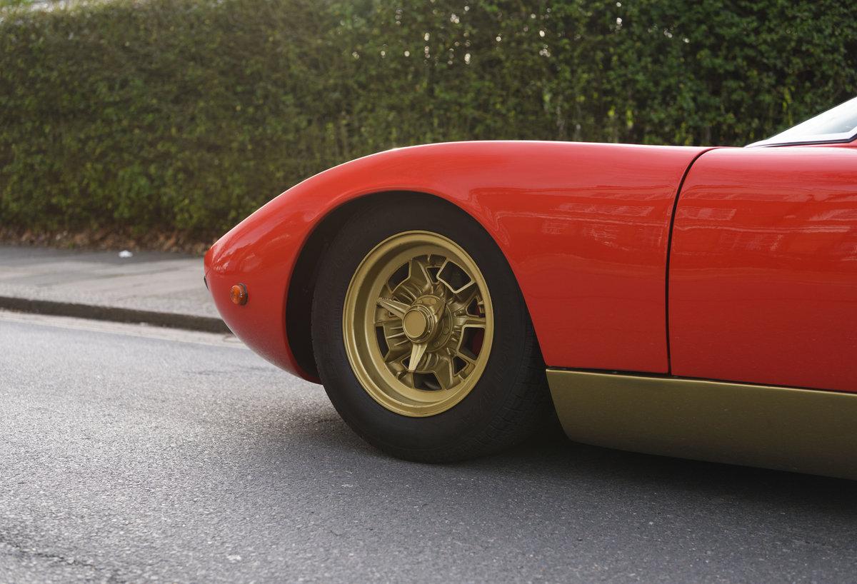 1971 Lamborghini Miura P400 SV (LHD) For Sale (picture 14 of 47)
