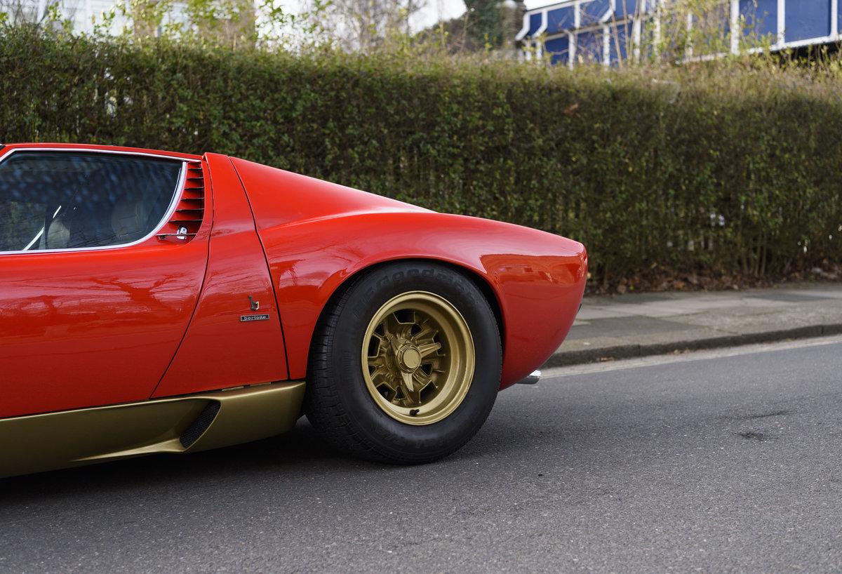 1971 Lamborghini Miura P400 SV (LHD) For Sale (picture 18 of 47)