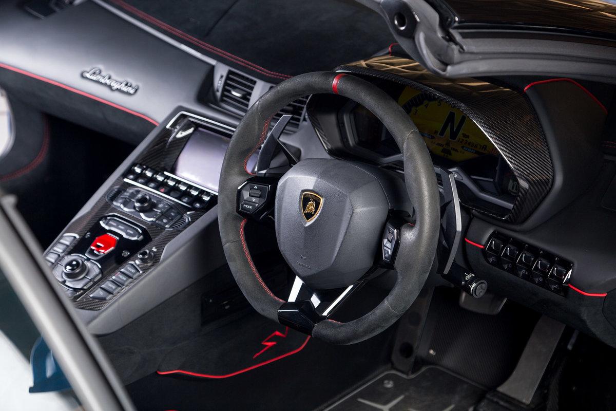 2016 Lamborghini Aventador SV Roadster SOLD (picture 6 of 11)
