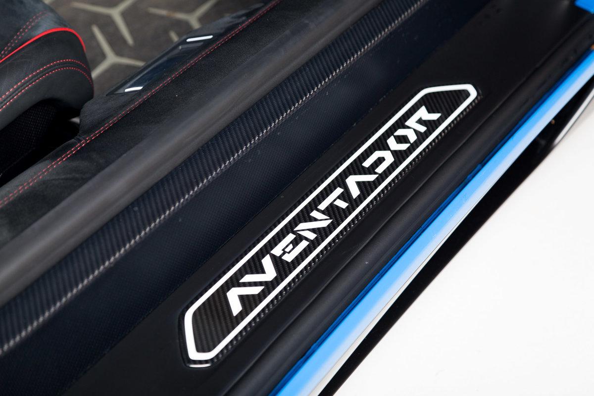 2016 Lamborghini Aventador SV Roadster SOLD (picture 11 of 11)