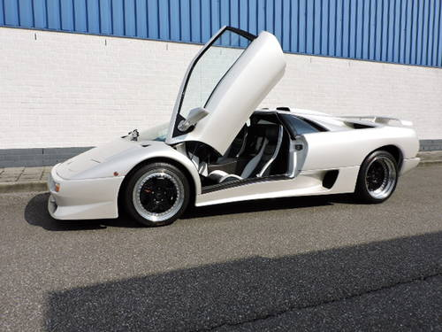 1997 Lamborghini Diablo SV with only 21.000 km For Sale (picture 2 of 6)