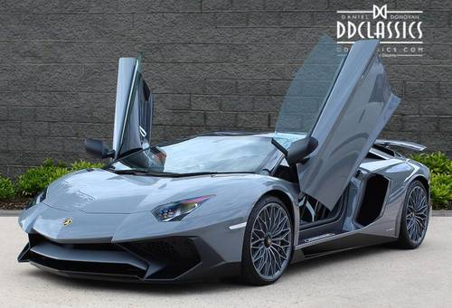 2017 Lamborghini Aventador LP750-4 SV Roadster (VAT QUAL) (RHD) For Sale (picture 1 of 6)
