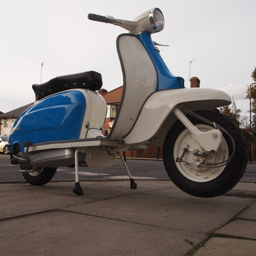 1962 LI 150 Fully Rebuilt To Better Than Show Standard. SOLD (picture 3 of 6)