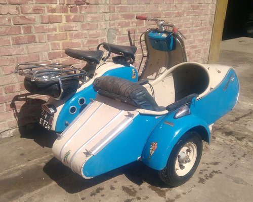 1957 VERY NICE 125 LD LAMBRETTA WITH STEIB LS200 SIDECAR For Sale (picture 3 of 6)