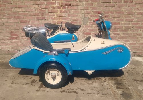 1957 VERY NICE 125 LD LAMBRETTA WITH STEIB LS200 SIDECAR For Sale (picture 4 of 6)
