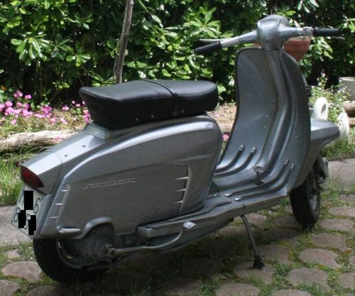 1964 TOTALLY RESTORED ONE OWNER (!!!) LAMBRETTA For Sale (picture 2 of 5)