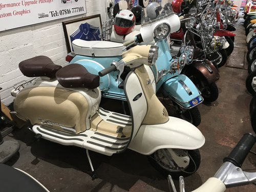 LAMBRETTA TV 175 series 2 1961 restored  For Sale (picture 5 of 6)