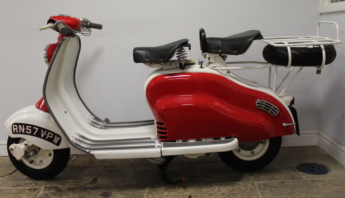 1957 Lambretta LD150 Series 3 Scooter Original UK SOLD (picture 4 of 6)
