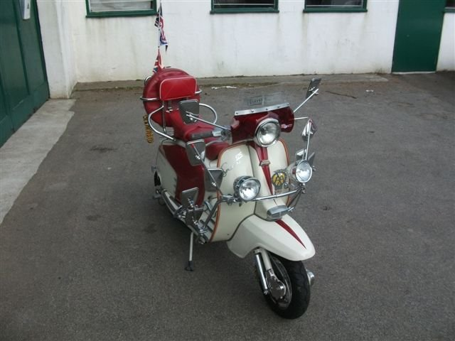 "1967 Lambretta 125, with all ""Mod"" cons!!! SOLD (picture 4 of 6)"