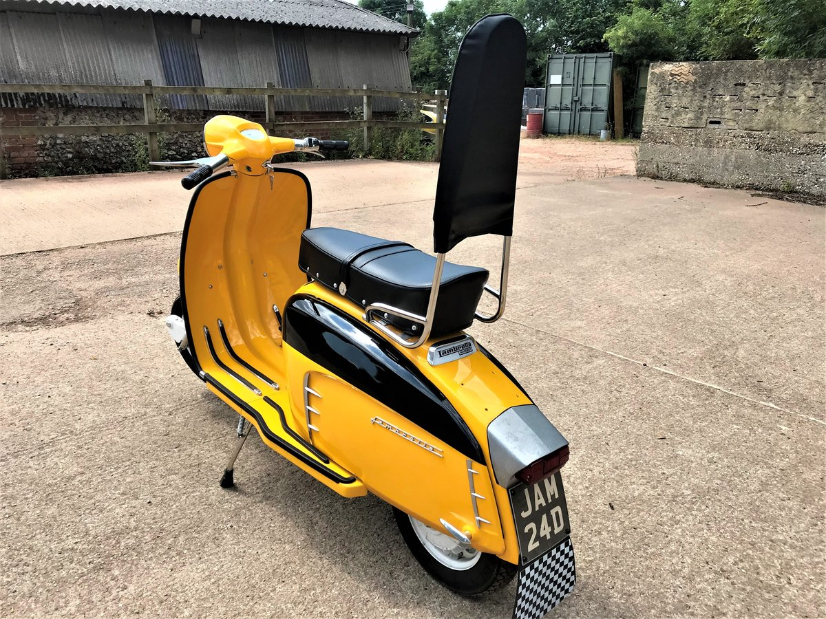 fully rebuilt 1967 Lambretta SX150 special+JAM number plate For Sale (picture 3 of 6)