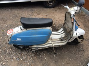 1963 Lambretta Li150 (63) Italian , running orig paint. For Sale