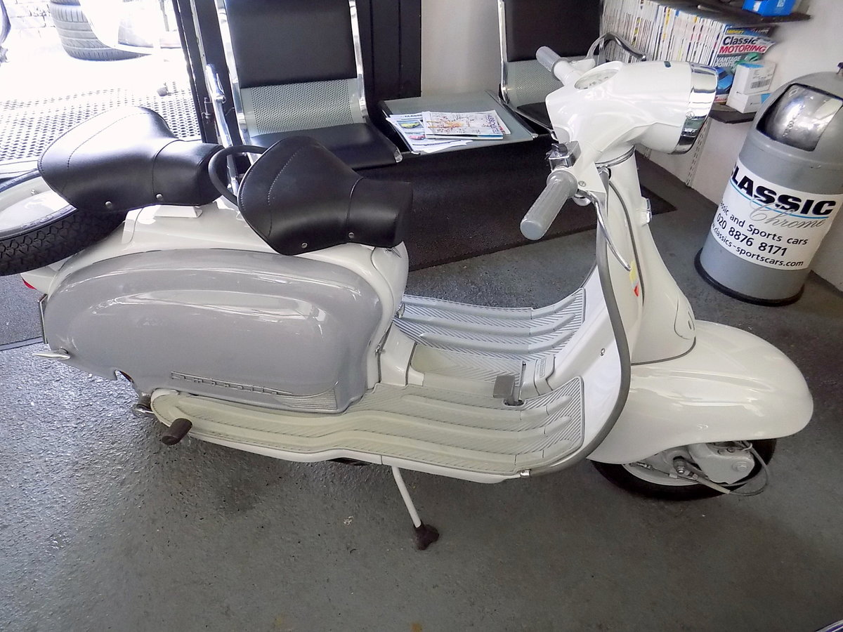 1961 LAMBRETTA LI 125 - FULLY RESTORED TO AS NEW CONDITION For Sale (picture 6 of 6)
