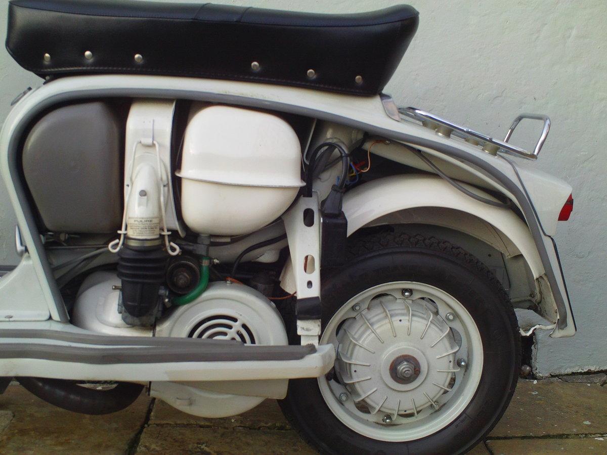 1968 LAMBRETTA SX150 SOLD (picture 5 of 6)