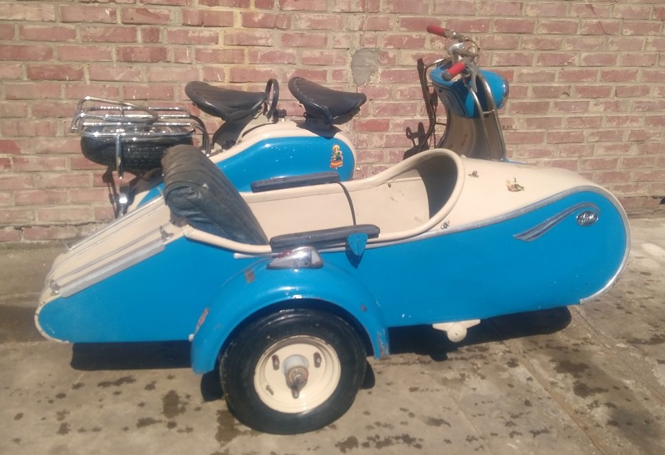 VERY NICE 125 LD LAMBRETTA WITH STEIB LS200 SIDECAR  1957  For Sale (picture 3 of 6)